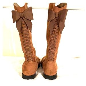 Little girl size 1 brown boots- Kenneth Cole